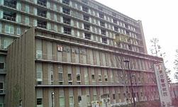 中野に東京警察病院開院